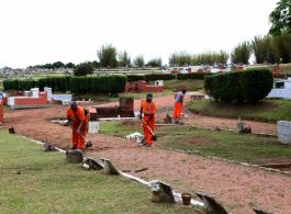 Cemit�rios municipais est�o sendo preparados para o Dia de Finados