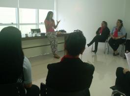 Prefeitura leva palestras sobre C�ncer de Mama �s empresas