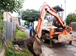 Prefeitura faz reparos na rede de esgoto pluvial do Morro do Coco